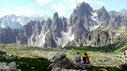 hikers-in-the-Dolomites
