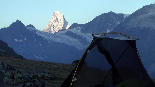 tent-and-Matterhorn