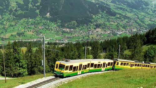 train-Jungfrau