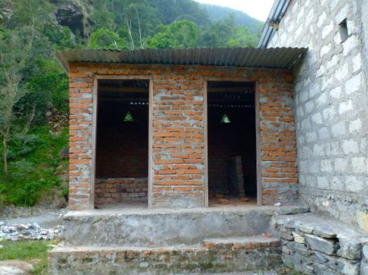 toilets without doors
