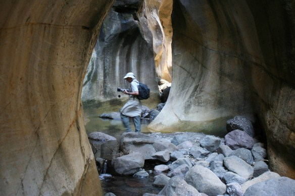 Royal Natal - Gorge walk - inside tunnel
