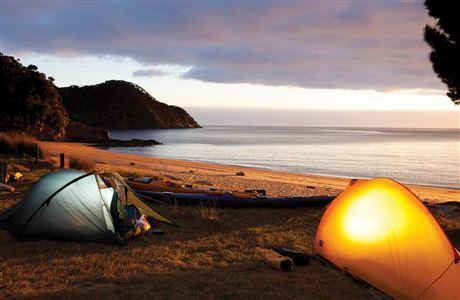 abel-tasman-beach-1200