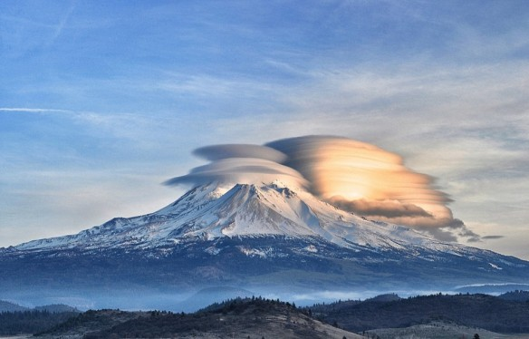 shasta-clouds-940x602