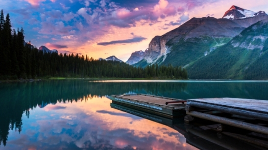 Dawn at Maligne Lake