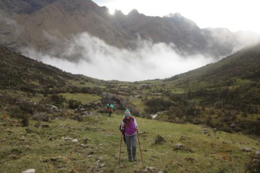 vilcabamba-trail-misty-peruvian-landscape