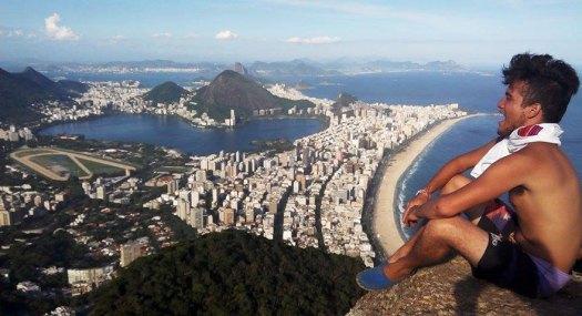 Henry-Dois-Irmaos-Hike-Vidigal-Rio-de-Janeiro-Brazil-The-Borderless-Project