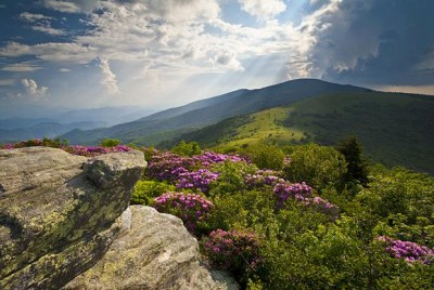 trekking-the-appalachian-trail-will-lead-you-to-beautiful-vistas